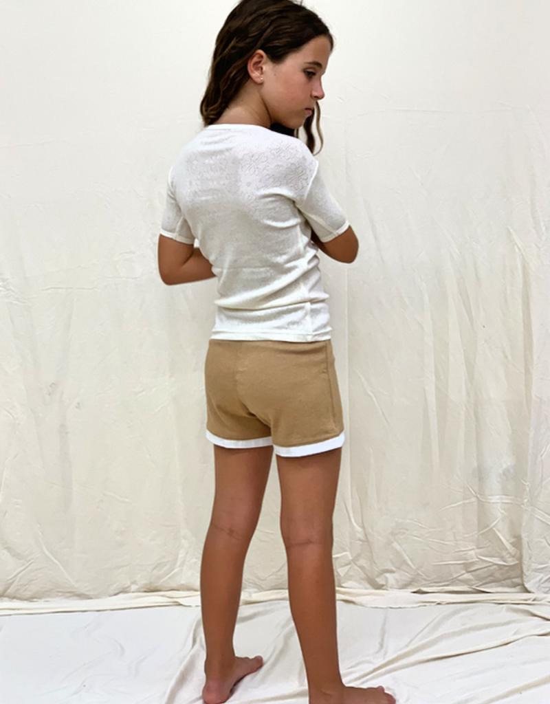 Junior shorts with pockets. size 2, 4, 6 years.