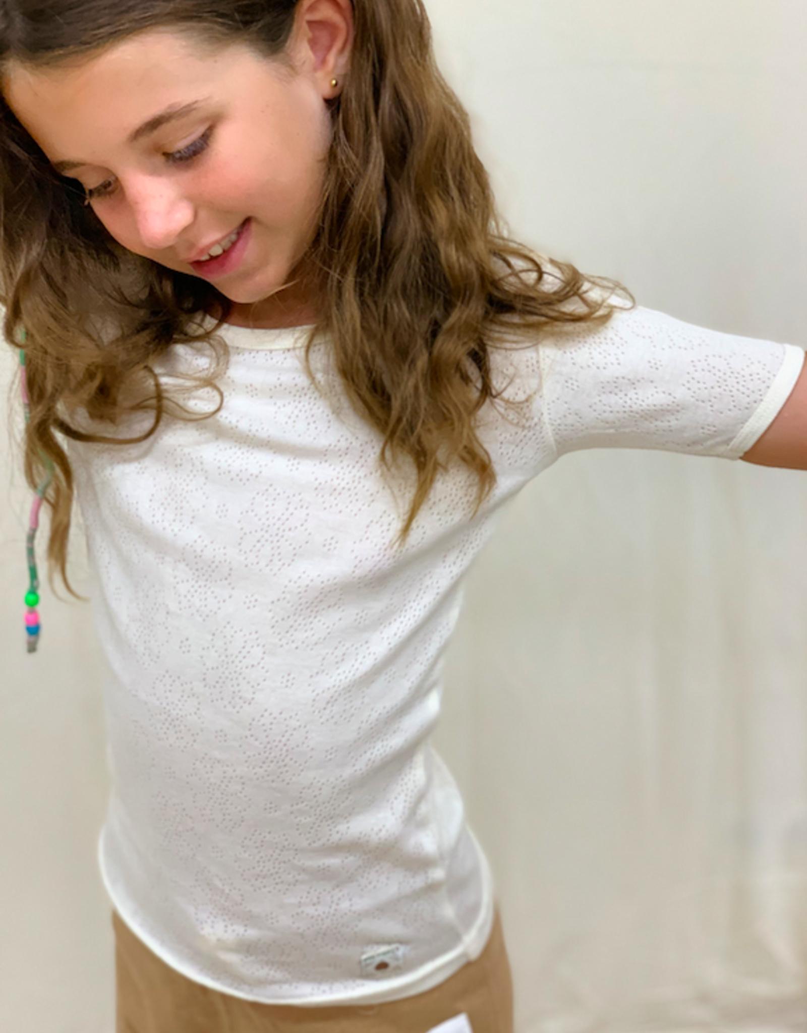 Shortsleeved openwok shirt for junior. sizes 2, 4, 6 years.