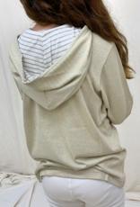 Camiseta junior manga larga con capucha. Tallas 8, 10, 12 años.