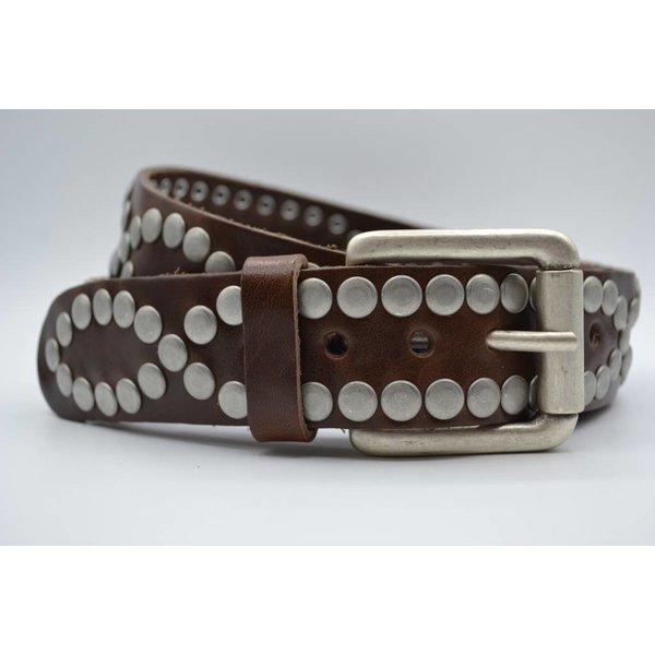 Scotts Bluf Stoere 4cm riem volledig gevuld met oud zilveren studs en nikkelvrije rolgesp