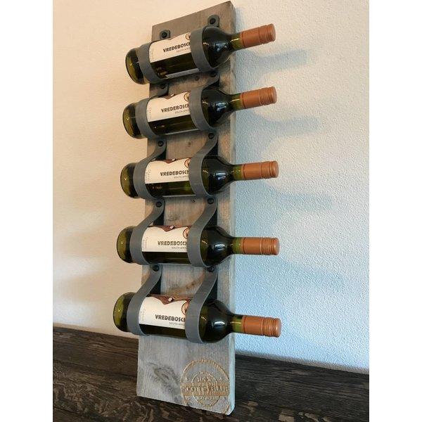 Scotts Bluf Dit eigentijds wijn of tijdschriftenrek van 80cm hoog