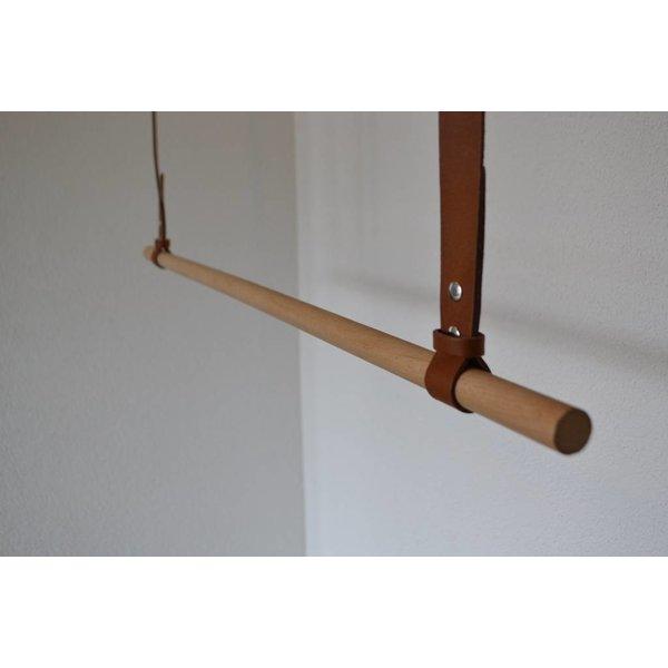 Scotts Bluf Kapstok gemaakt van 3cm brede banden en rondhout van 22mm dik