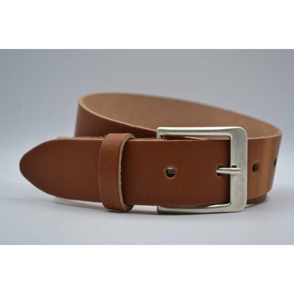 Big Belts Deze 4cm brede cognac riem wordt speciaal voor u op maat gemaakt.