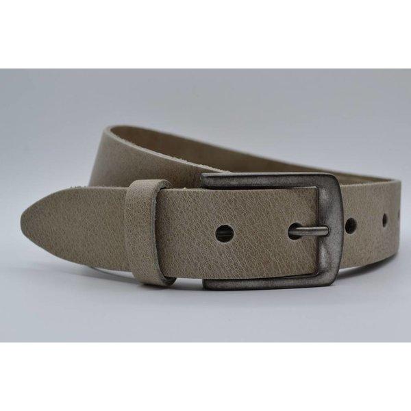 Big Belts Deze 4cm brede taupe riem wordt speciaal voor u op maat gemaakt.