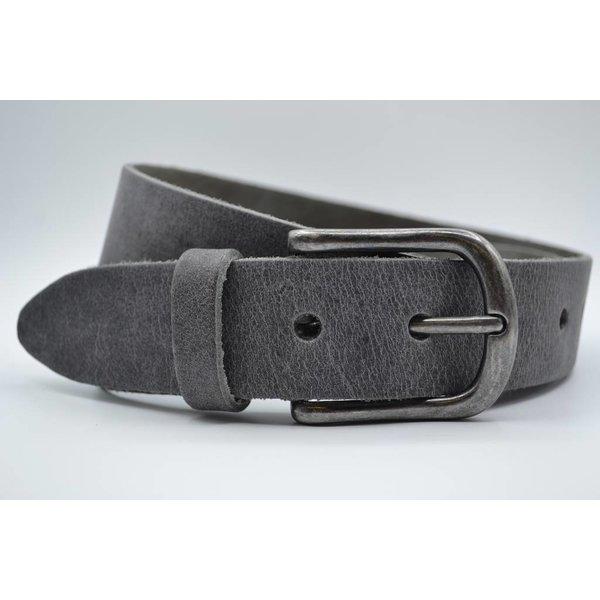 Big Belts Deze 4cm brede grijze riem van Italiaans nerf leer wordt speciaal voor u op maat gemaakt.