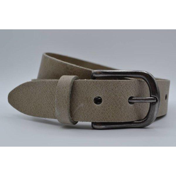 Big Belts Deze 4cm brede taupe riem van Italiaans nerf leer wordt speciaal voor u op maat gemaakt.
