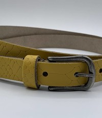 Scotts Bluf 2cm brede damesriem met oker gele slangenprint