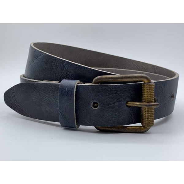 Scotts Bluf Stoere 4cm brede blauwe riem. Gekreukt leer en geroeste gesp