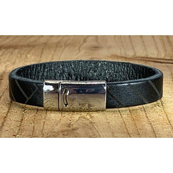 Scotts Bluf Zwarte armband vintage gewassen en gelaserd met leuke print.
