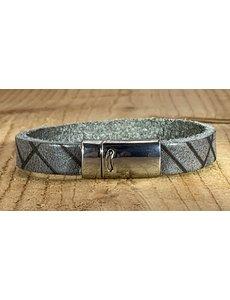 Scotts Bluf Grijze armband vintage gelaserd met brick print.