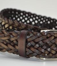 Scotts Bluf Stoere bruine vlecht riem van 4cm breed.