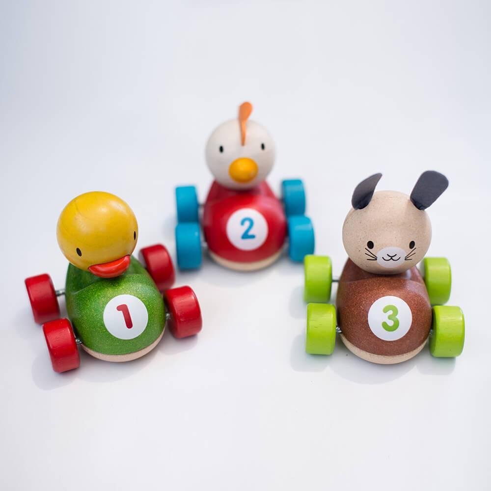 Plan Toys Auto Chicken Racer