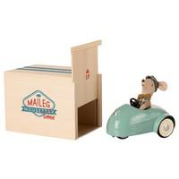 Kleine Broer Muis in Auto met Garage Blauw