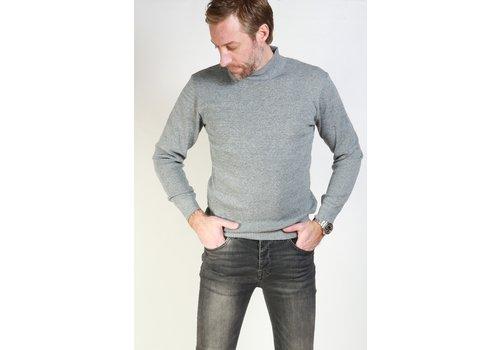 Get Well Jeans Turtleneck Light Grey