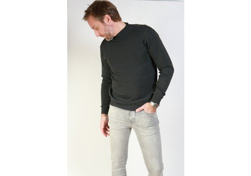 Get Well Jeans Turtleneck Dark Grey
