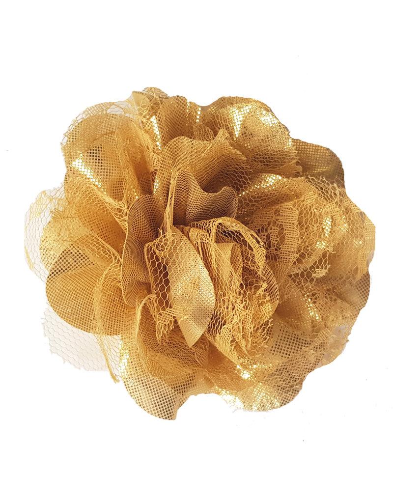 Gouden bloem met kant
