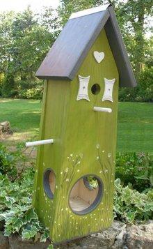 Handgemaakte en handgeschilderde Vogelvoederhuizen! Bird Feeding Spring House