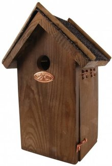 Antique brown bird houses for Blue Tit