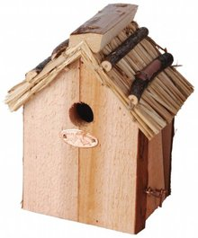 Vogelhuisjes speciaal voor de Winterkoning (gemaakt van hout en riet, afmeting ca. 16 x 20 x 27 cm)