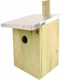 Cheap DIY Birdhouses for Workshops or children's parties (incl. Materials and tools)