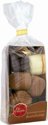 Delicious caramel cream chocolates (Belgian chocolate) packed per 160 grams in a luxurious transparent packaging!