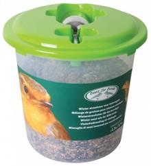 Speciaal winter vogelvoer voor buiten vogels in een emmer (inhoud 2 kg)