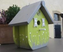 """Handgemaakte en handgeschilderde Vogelhuizen! Vogelhuisje """"Zo Groen als Gras"""""""