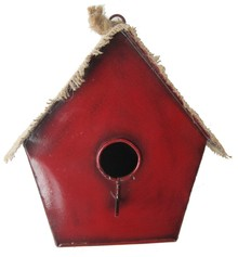 "Cheap birdhouses ""Red Riding Hood"" (with a zinc roof with jute finished"