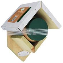 Pindakaashuisje met pindakaas voor vogels