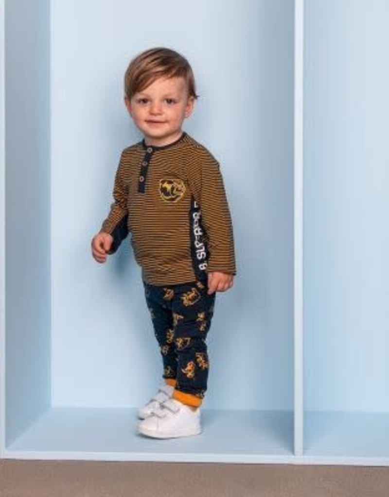 B. Nosy Baby boys button shirt, with contrast side part