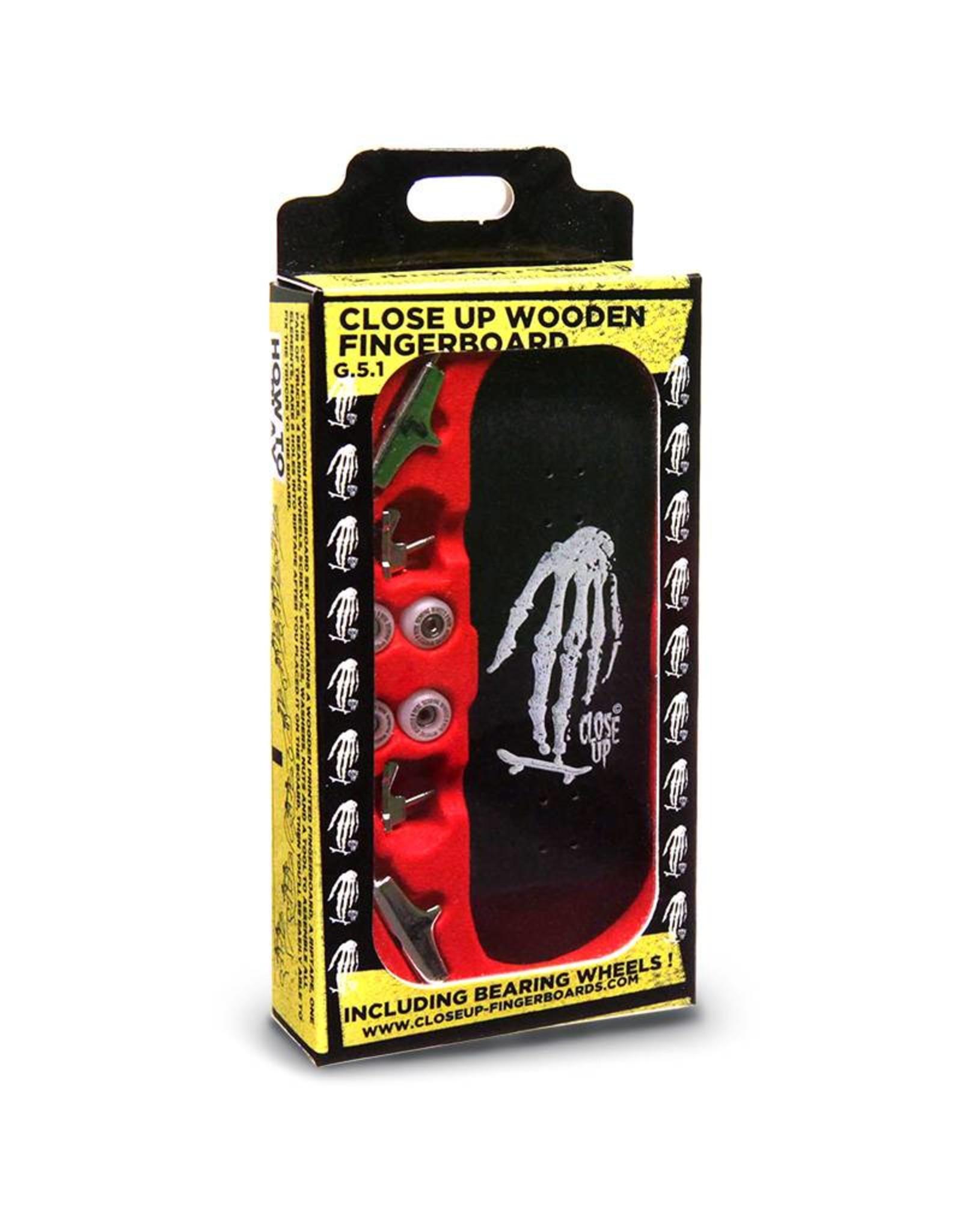 Close Up Fingerboards Close Up Skull Hand Black 34 mm Generation 5.1 Fingerboard Setup