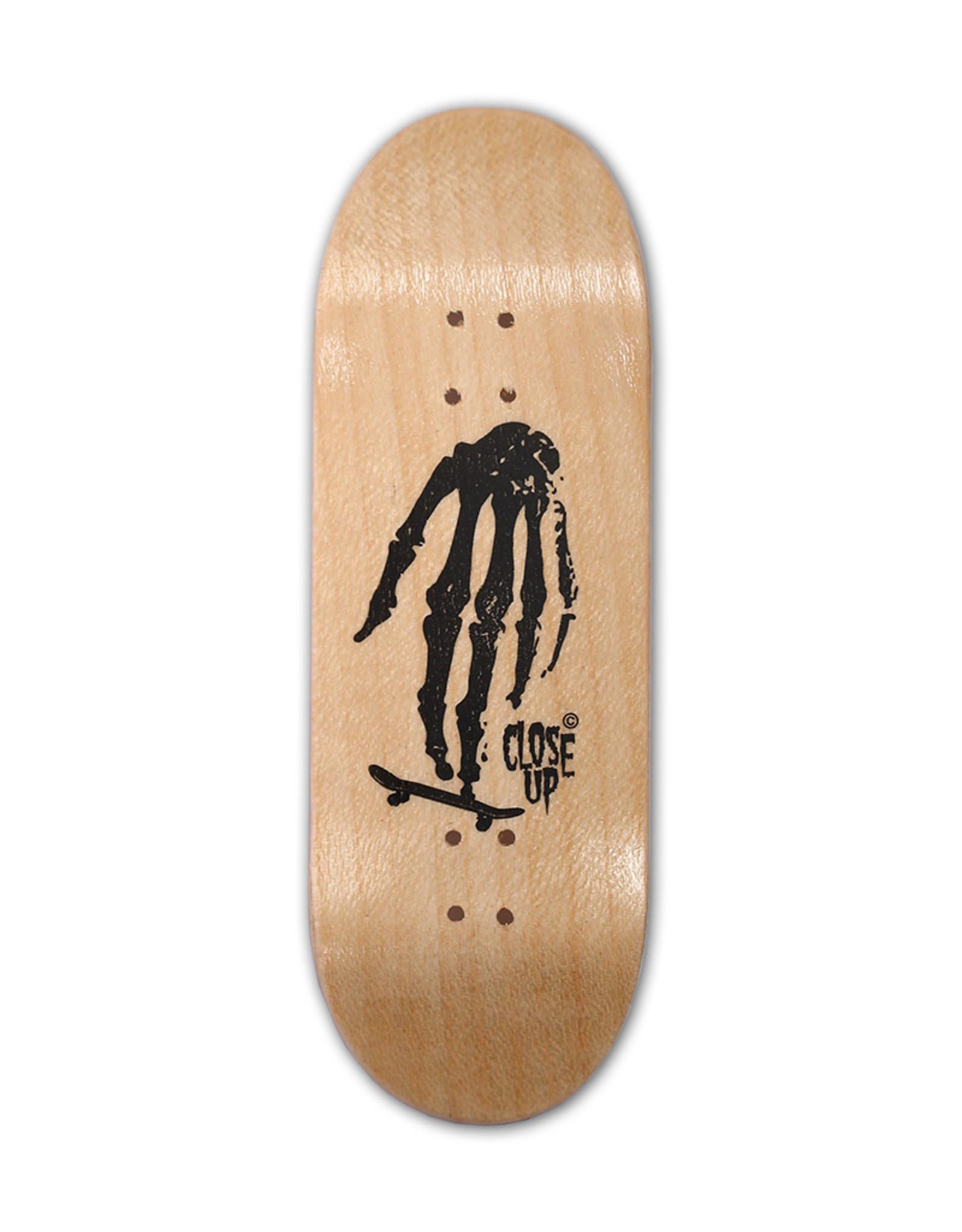 Close Up Fingerboards Close Up Skull Hand Wood 34 mm Generation 5.1 Fingerboard Setup