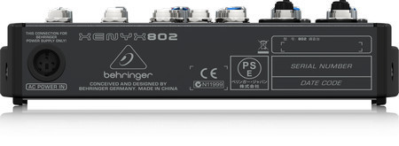Behringer crea 802-EU