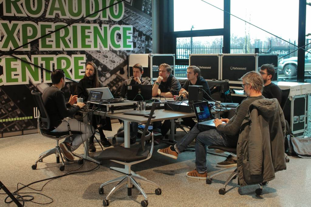 Herman Brood Academie bezoekt The Audio Specialists