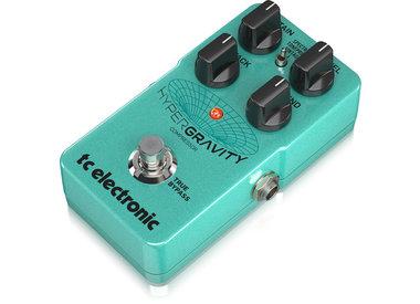 Pedal de efectos y amplificador de guitarra