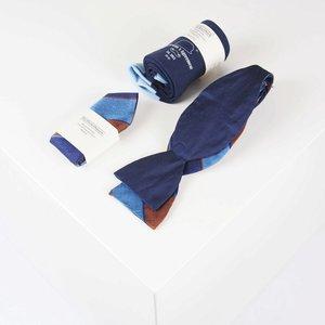 THEACCESSORYBOX by Gentleman's Agreement Accessoire-Set - Einstecktuch, Fliege, Socke - Blau/Gold