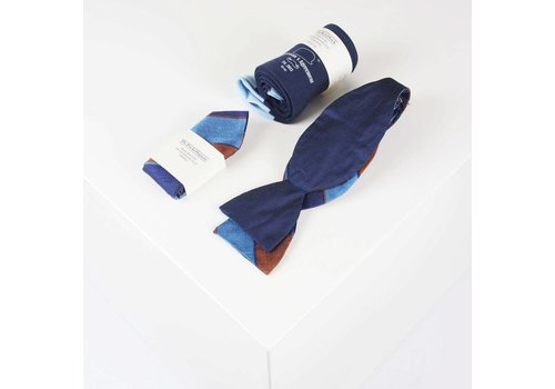 THEACCESSORYBOX by Gentleman's Agreement Accessoire-Set - Einstecktuch, Fliege, Socke - Blau/Gold