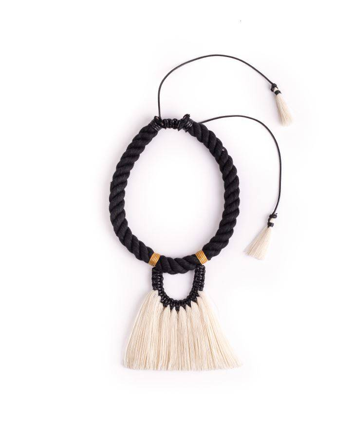 Necklace Fantasma Sencillo