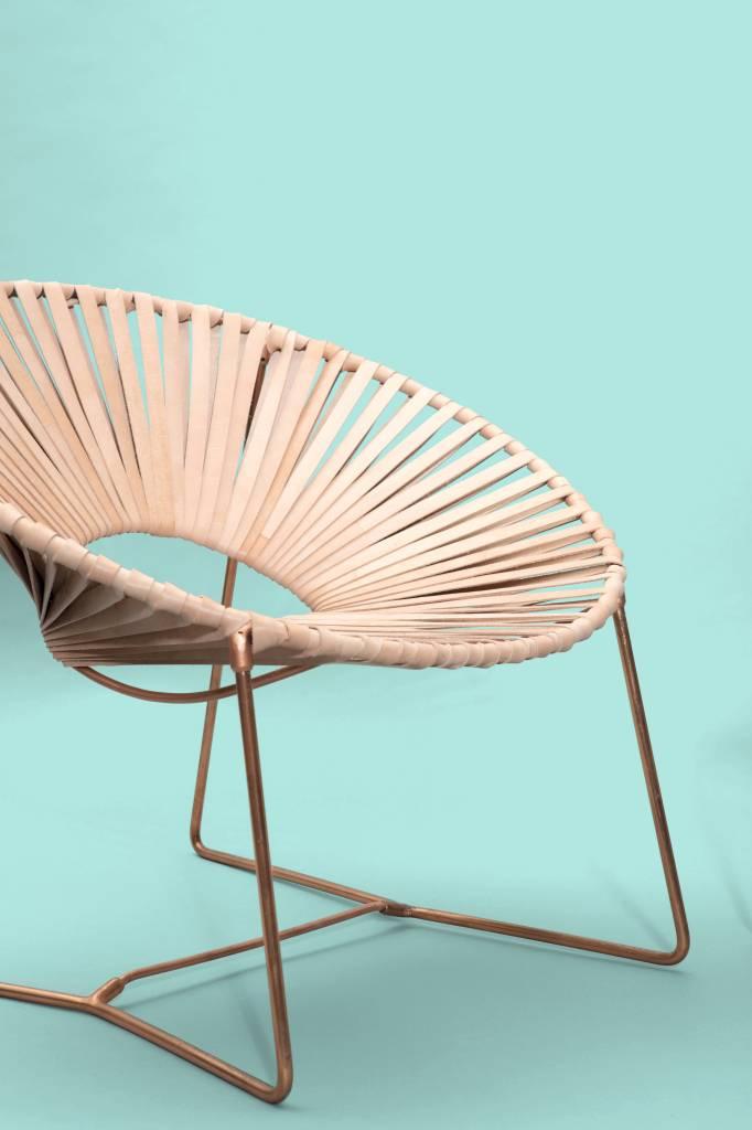 Lounge stoel leder  met verkoperd onderstel