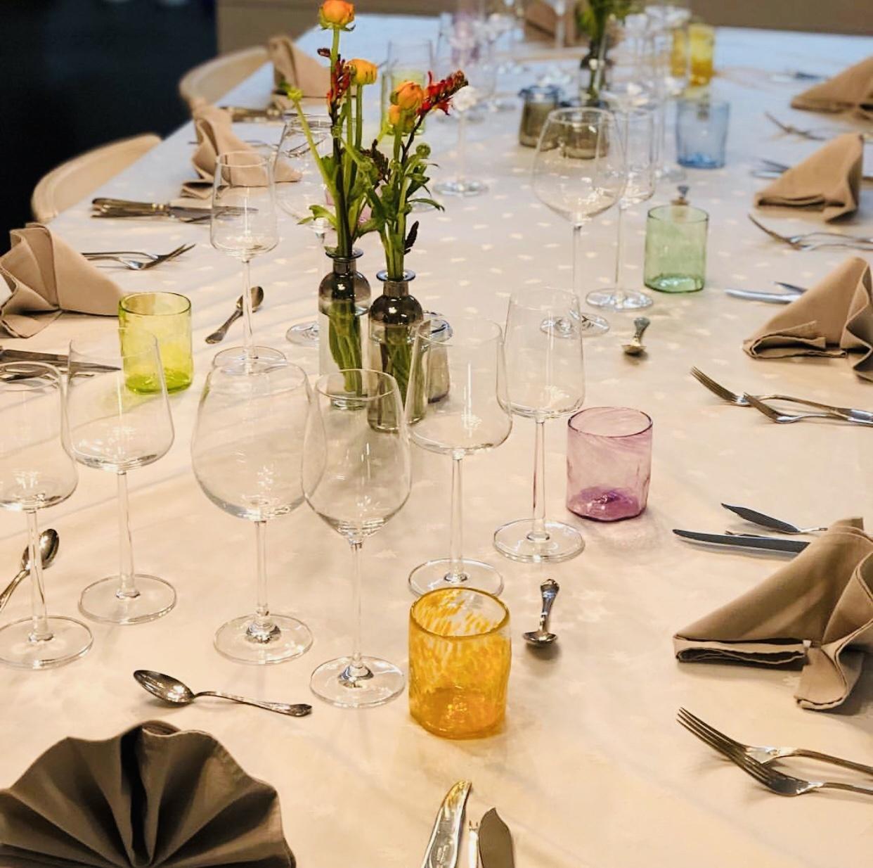Wat dacht je van een kleurrijke en duurzame toets op je paastafel?
