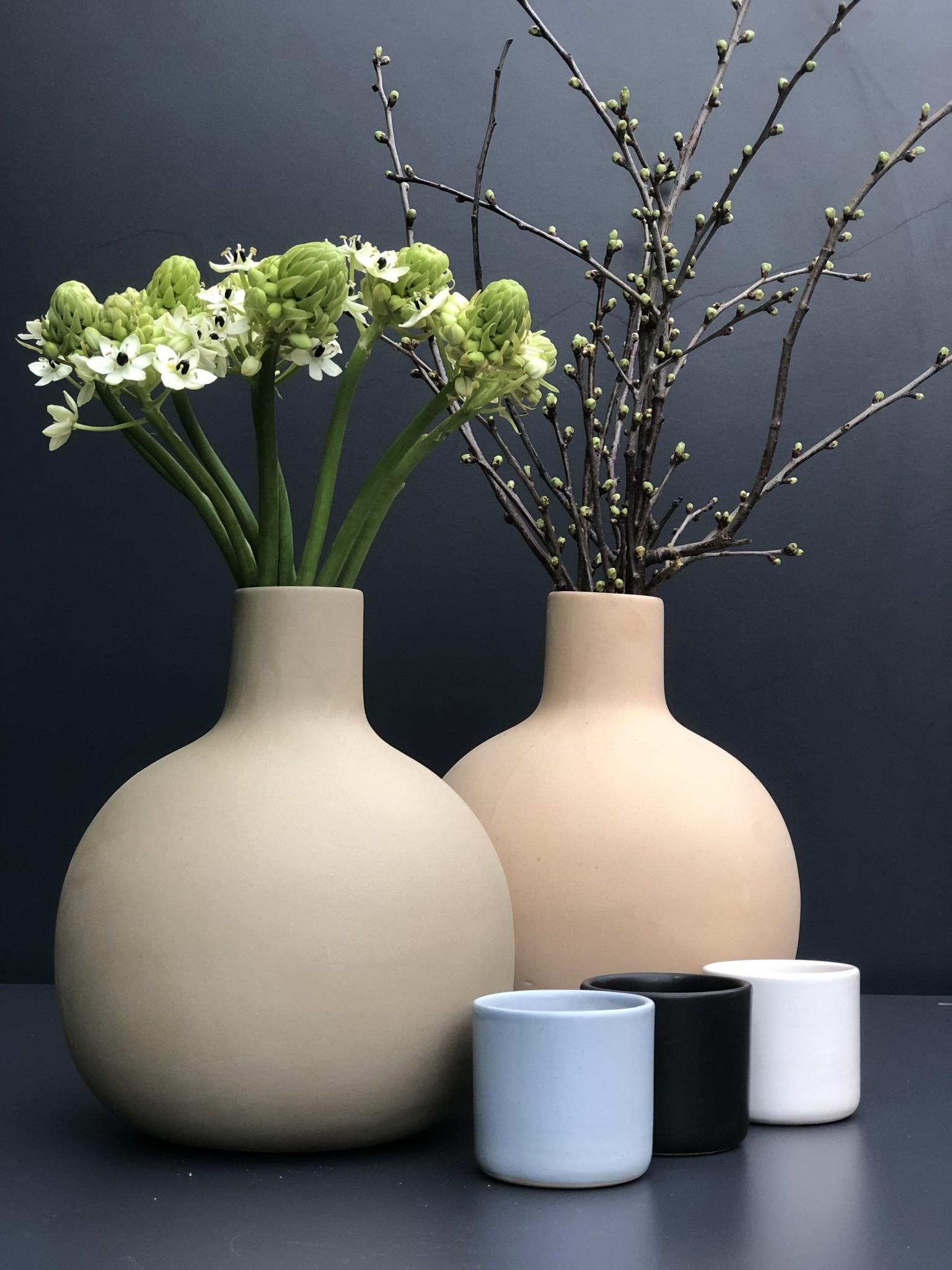 Ceramic pitcher white cup