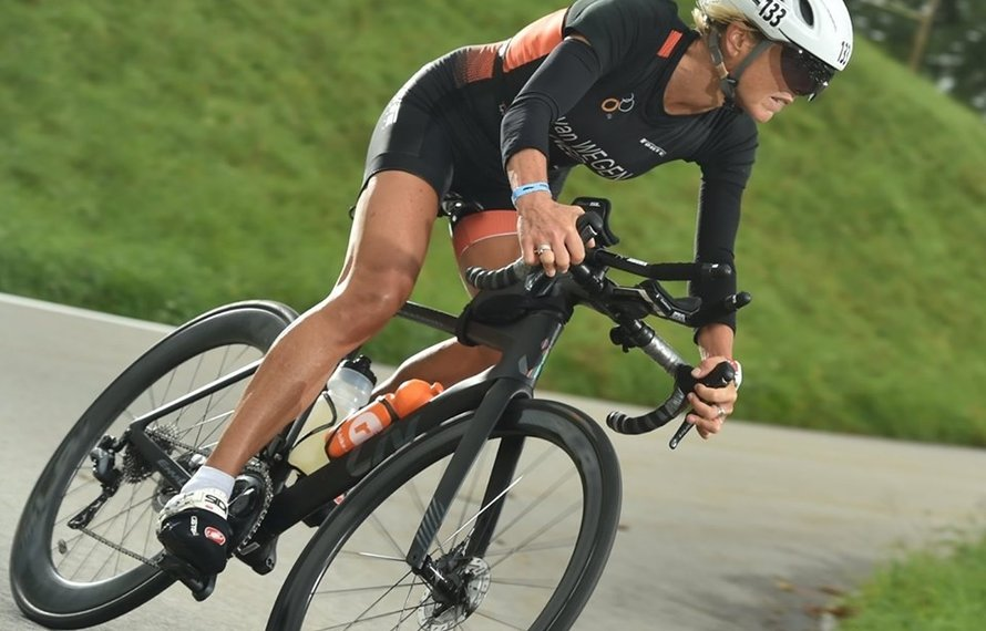 De Almeerse FUSIONTEAM atlete Yvette van Wegen wereldkampioen duathlon  Powerman in Zwitserland!