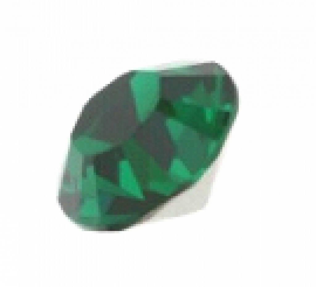 1028 Swarovski Puntstenen SS29 - Emerald