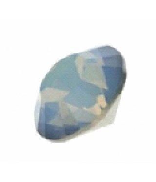 1028 Swarovski Puntstenen SS29 - White Opal Starshine