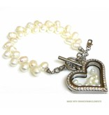 Bijou Gio Design™ Pearl Bracelet with Stainless Steel Memory Locket and little Pearls