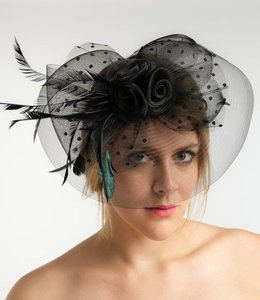 FASHION EMERGENCY Fascinator Aus Tüll