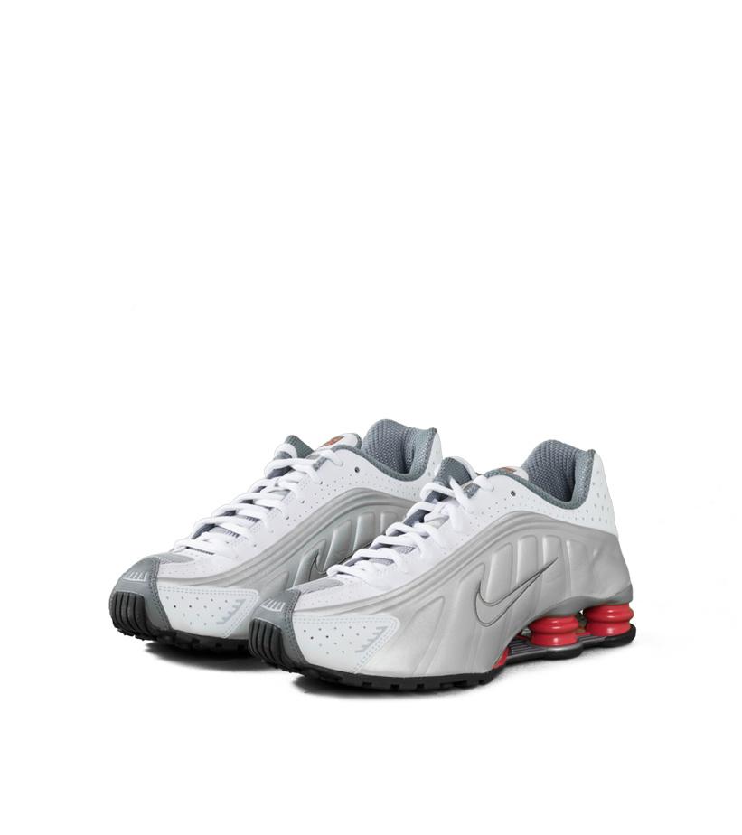 competitive price 18cbe 34e86 Nike Shox R4