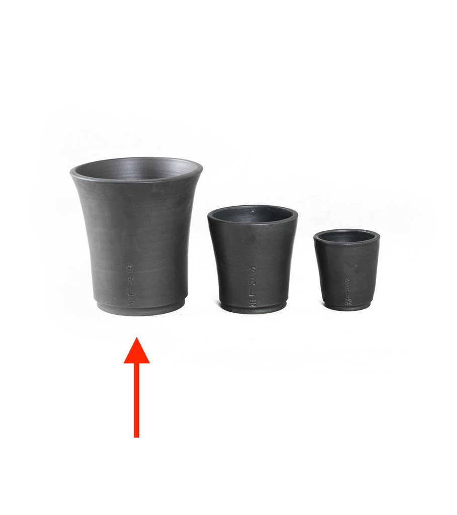 "Neighborhood SRL Den-3L Plant Pot ""Black"""