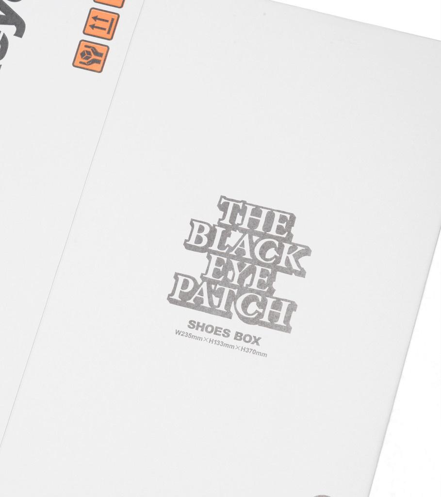 """Black Eye Patch Shoes Box (3 Pieces) """"White"""""""