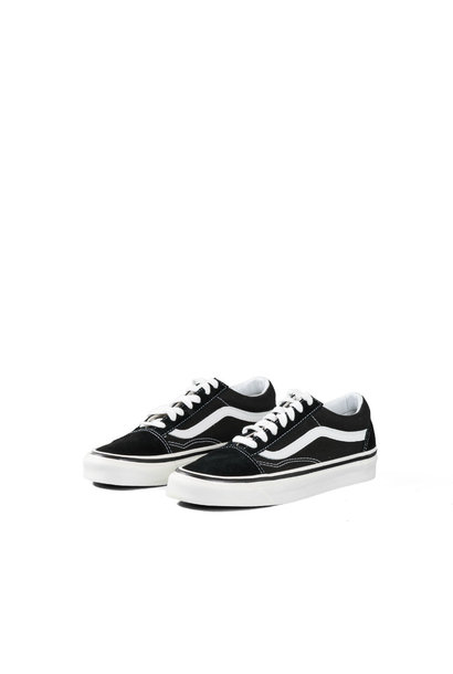 """Old Skool 36 DX (Anaheim Factory) """"Black/True White"""""""